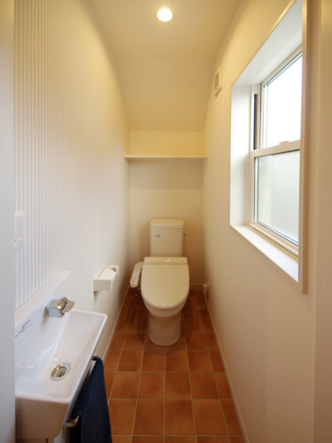 ハーバーハウスの新築 家づくり 事例「外付サンルームのある洋瓦の家」(RONA)