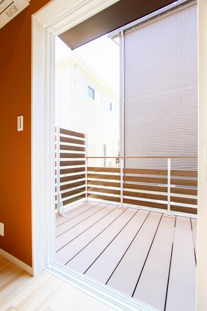 ハーバーハウスの新築 家づくり 事例「木の温かみを感じる、開放的なLDKの家」(ECOLOGIA)