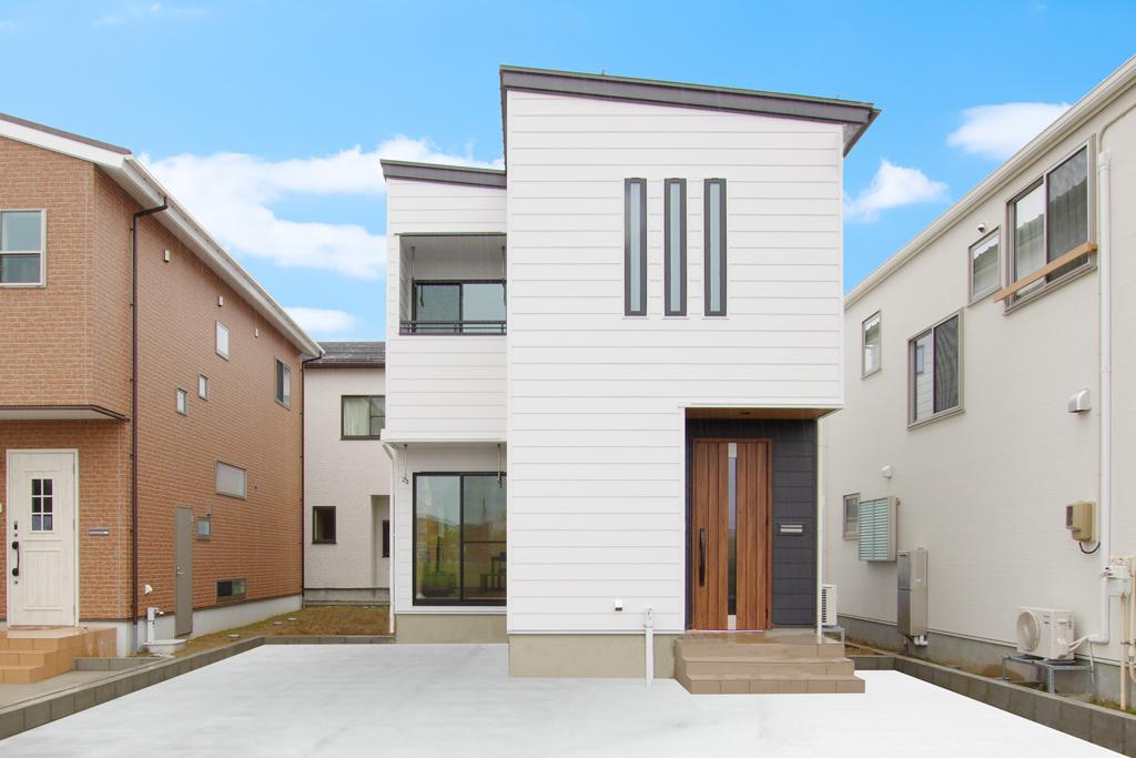 ハーバーハウスの新築 家づくり 事例「ORGA ホワイトガルバリウムのスタイリッシュな家」