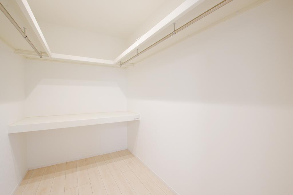 ハーバーハウスの新築 家づくり 事例「ORGA 家事ラク回遊動線のモスグリーンガルバリウム外壁の家」(ORGA)