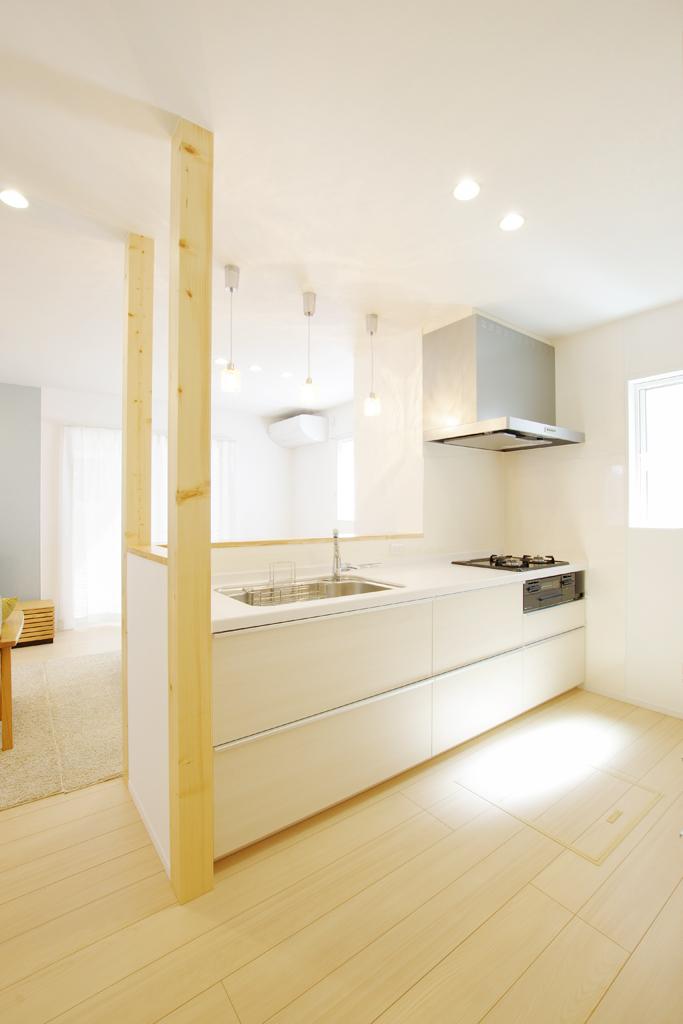 ハーバーハウスの新築 家づくり 事例「いろいろな用途に使えるダイニングカウンターのある家」(EXY)