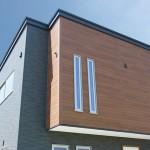 長岡市稲保南「ブラック×ブラウンのボックス型ツートンカラーハウス」住宅完成見学会