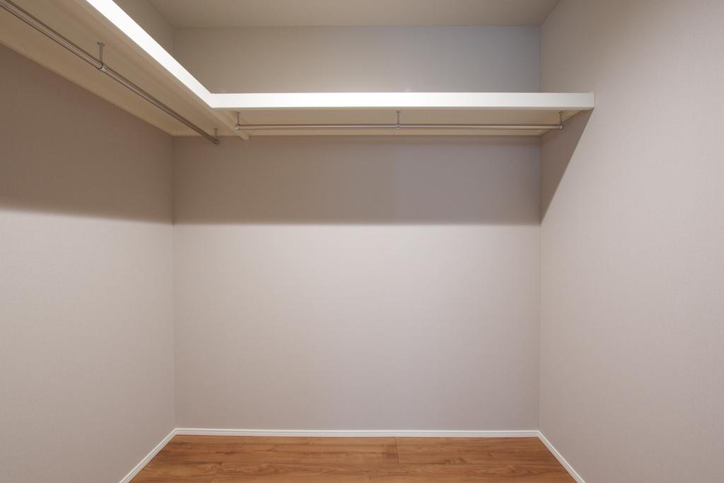 ハーバーハウスの新築 家づくり 事例「ORGA チャコールグレーのガルバリウム外壁のスタイリッシュハウス」(ORGA)