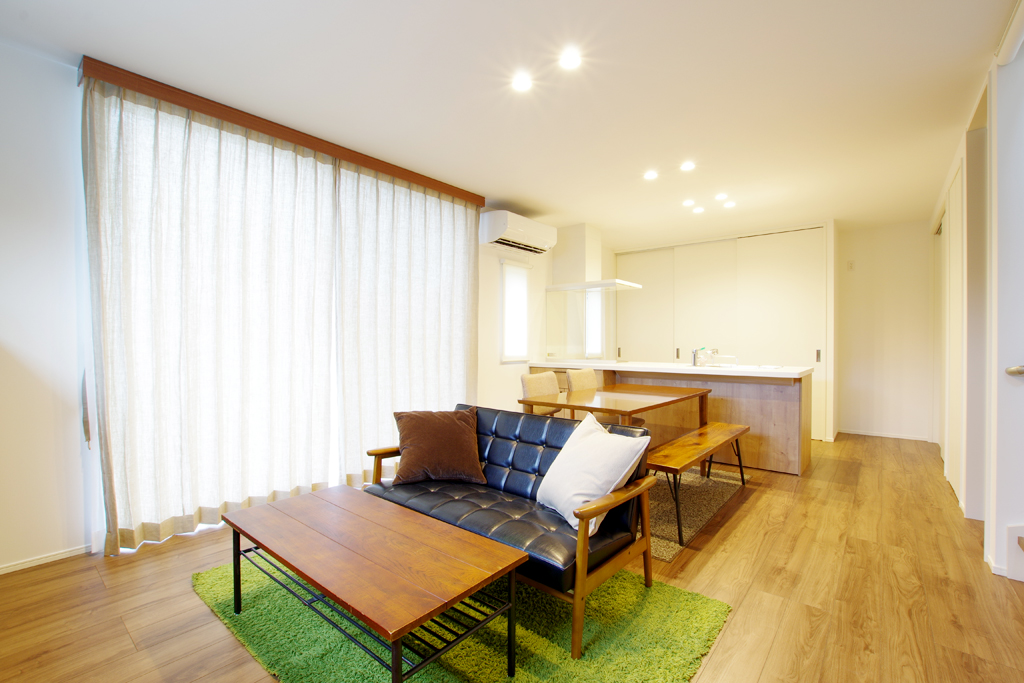 ハーバーハウスの新築 家づくり 事例「ウッドデッキとつながる明るく開放感のあるLDKの家」
