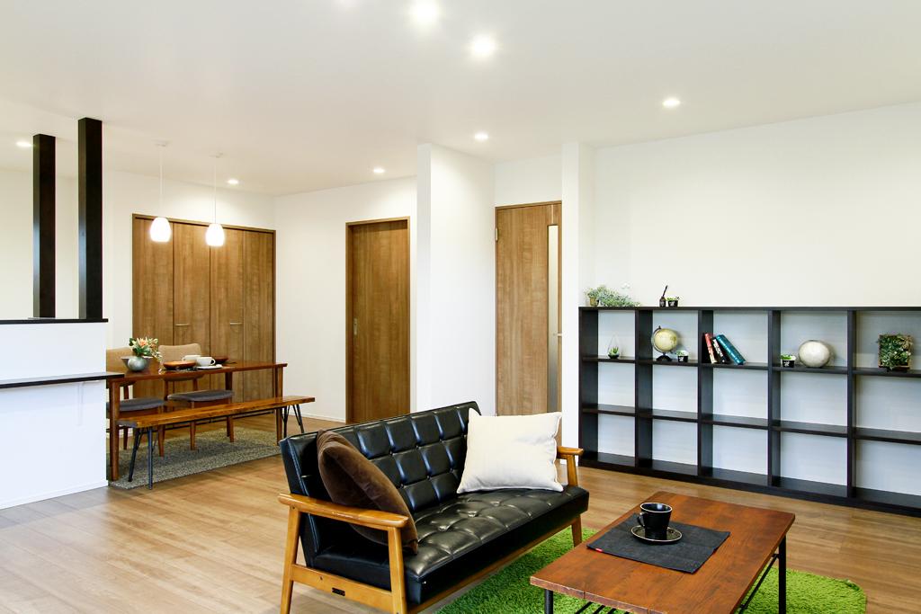 """ハーバーハウスの新築 家づくり 事例「""""あったらいいな""""が満載!機能性抜群 広々LDKのお家」(ECOLOGIA)"""