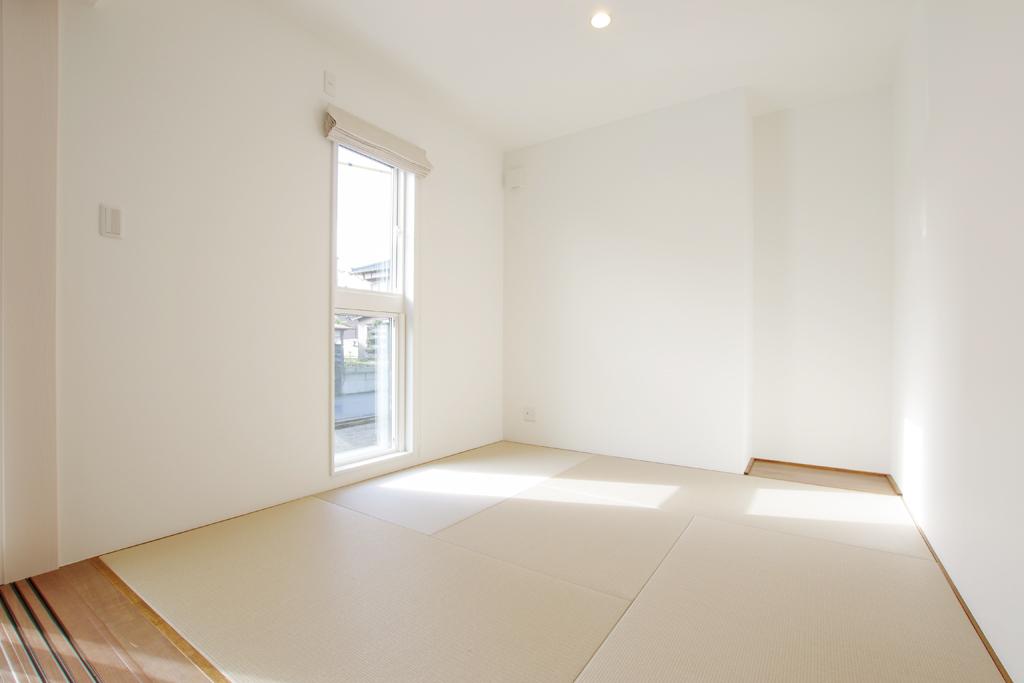 ハーバーハウスの新築 家づくり 事例「ORGA 折り上げ天井+化粧梁を採用した開放的なリビングの家」(ORGA)