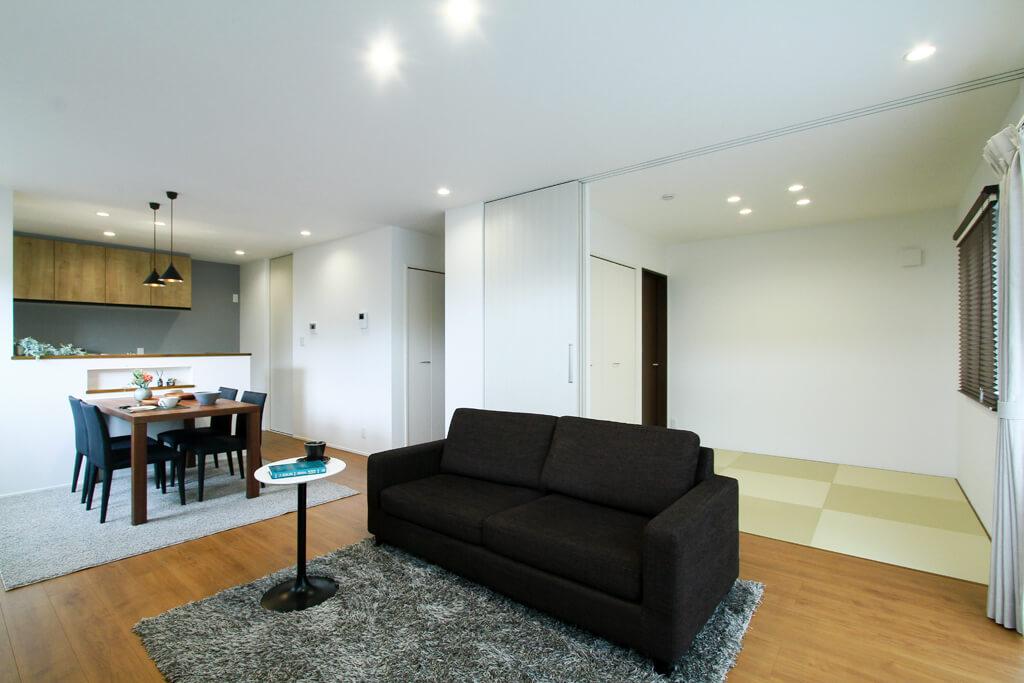 ハーバーハウスの新築 家づくり 事例「広々LDK&玄関のゆったり暮らす家」(IZU)