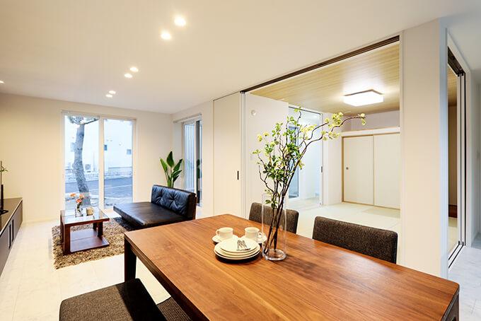 ハーバーハウスの新築 家づくり 事例「充実の収納&家事空間 和室からお庭を臨む家」