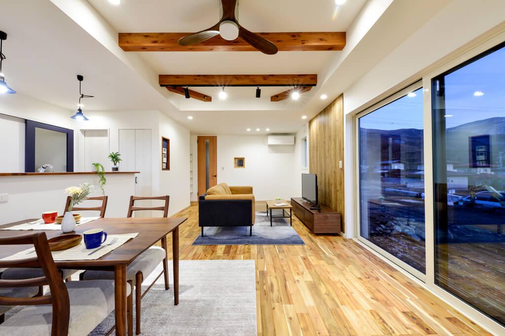 ハーバーハウスの新築 家づくり 事例「ORGA 北信五岳を眺めるくつろぎスペースのある家」