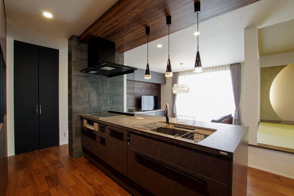 ハーバーハウスの新築 家づくり 事例「モダンな小上がり和室のある眺望抜群の家」(BLEAST)