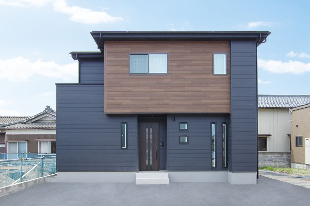 ハーバーハウスの新築 家づくり 事例「ORGA エコカラット×間接照明で高級感のあるガルバリウムハウス」(ORGA)