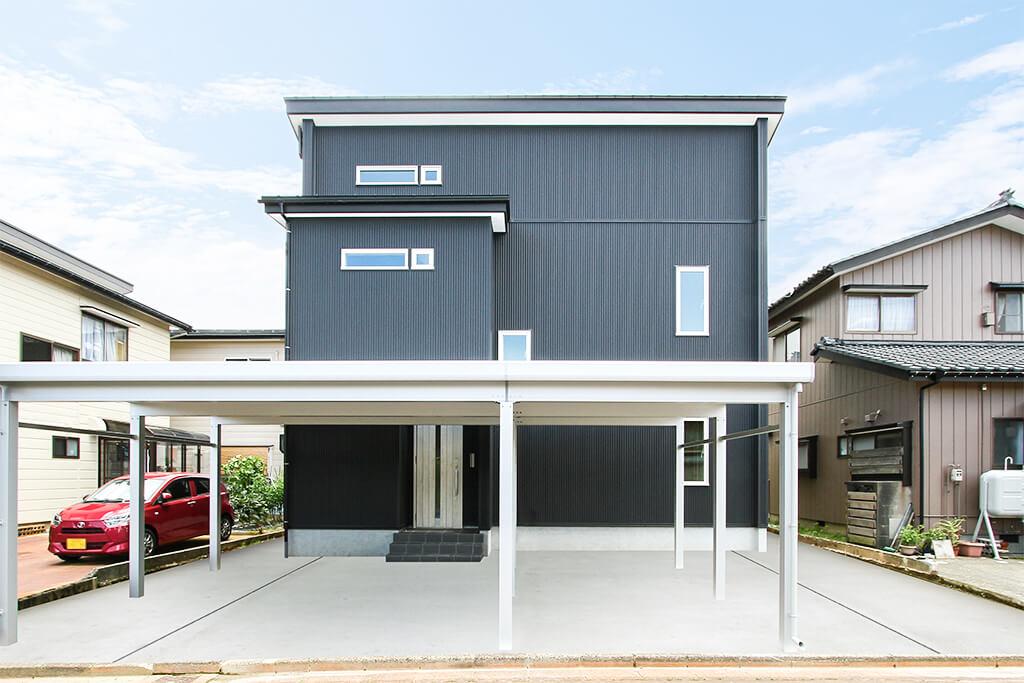 ハーバーハウスの新築 家づくり 事例「ORGA アカシアの突板が魅力的なキャットウォーク・屋根裏収納がある家」(ORGA)
