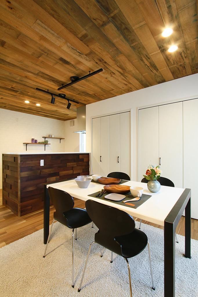 ハーバーハウスの新築 家づくり 事例「木をふんだんに使用したコーディネートがポイント!大空間LDKの家」(EXY)