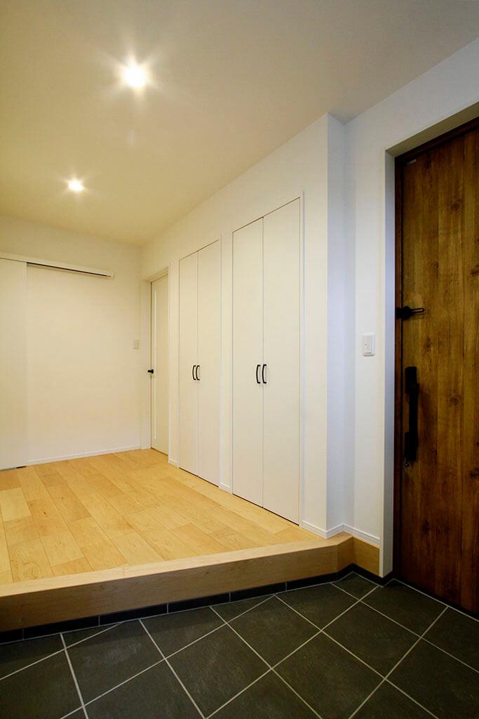 ハーバーハウスの新築 家づくり 事例「AVAN 地震に強い!大空間LDK&書斎のあるガルバリウムハウス」