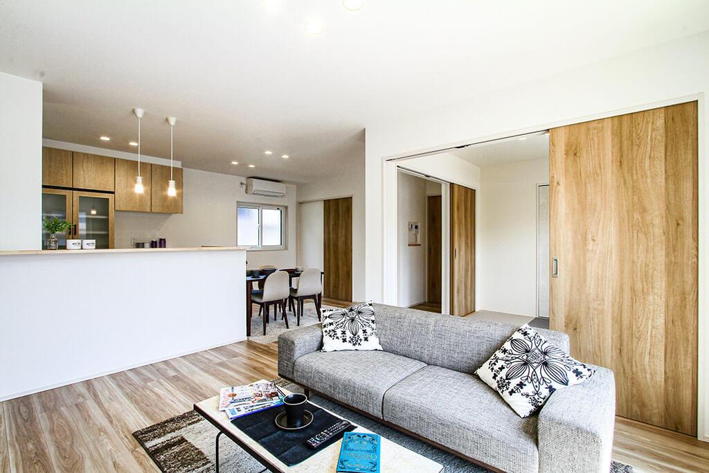 ORGA 使い勝手のいい収納を設けた北欧風インテリアの家