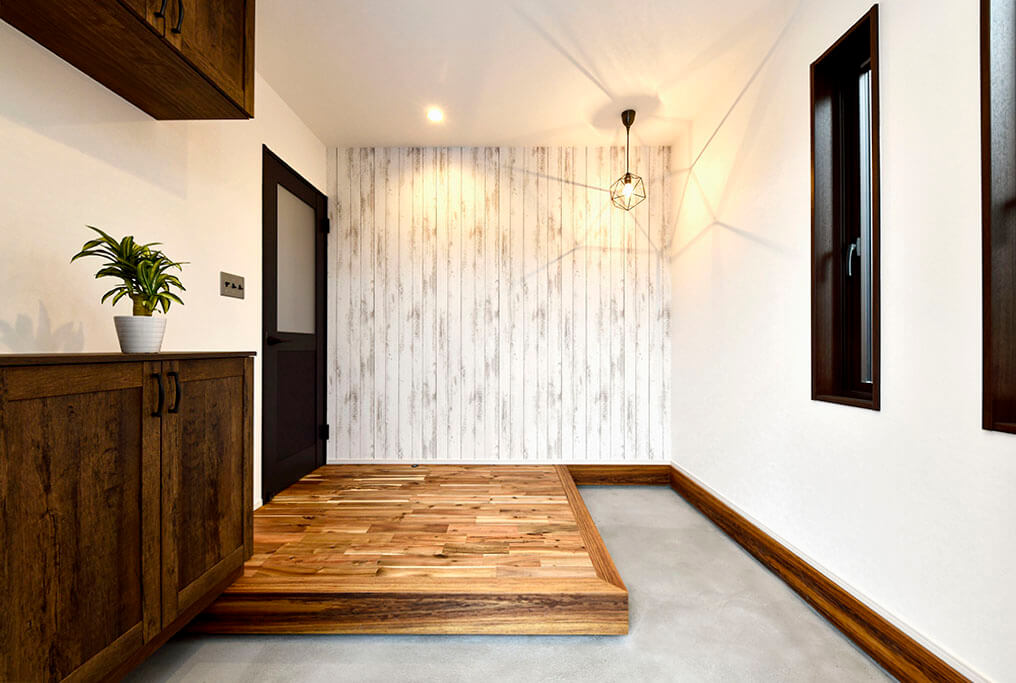 ハーバーハウスの新築 家づくり 事例「無垢×ヴィンテージ LDKの大きな吹き抜けが家族を繋ぐ家」