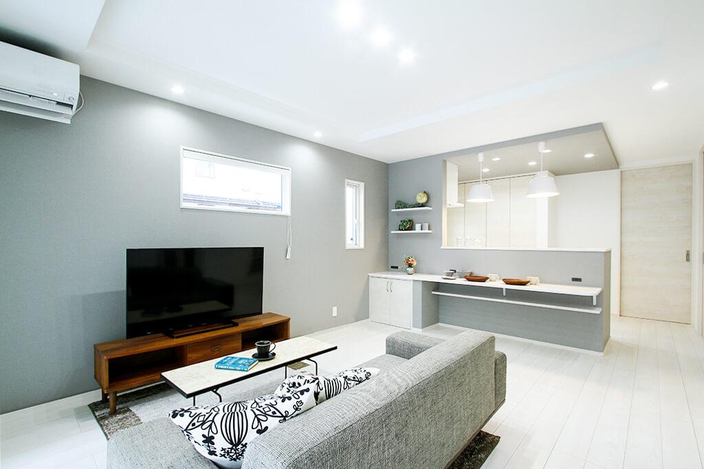 ストレスフリーな生活動線で暮らしやすい、日当たり抜群のリビング&バルコニーがある家