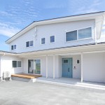 村上市海老江「カルフォルニアスタイルの二世帯住宅」住宅完成見学会